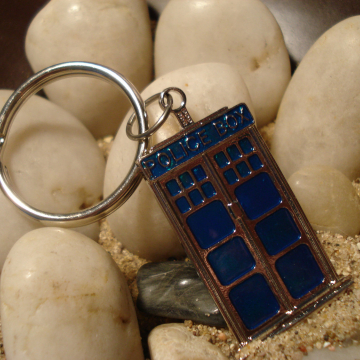 Doctor Who Inspired TARDIS Keyring