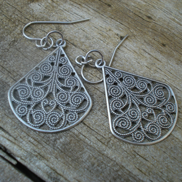 Silvertone Filigree Medallion Earrings