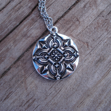 Necklace and Earrings Set (celtic)