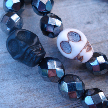 SKULL DUGGERY Bracelet (choice)